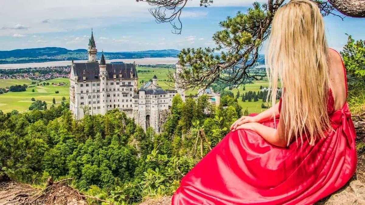 Neuschwanstein Castle looks like Disney castle