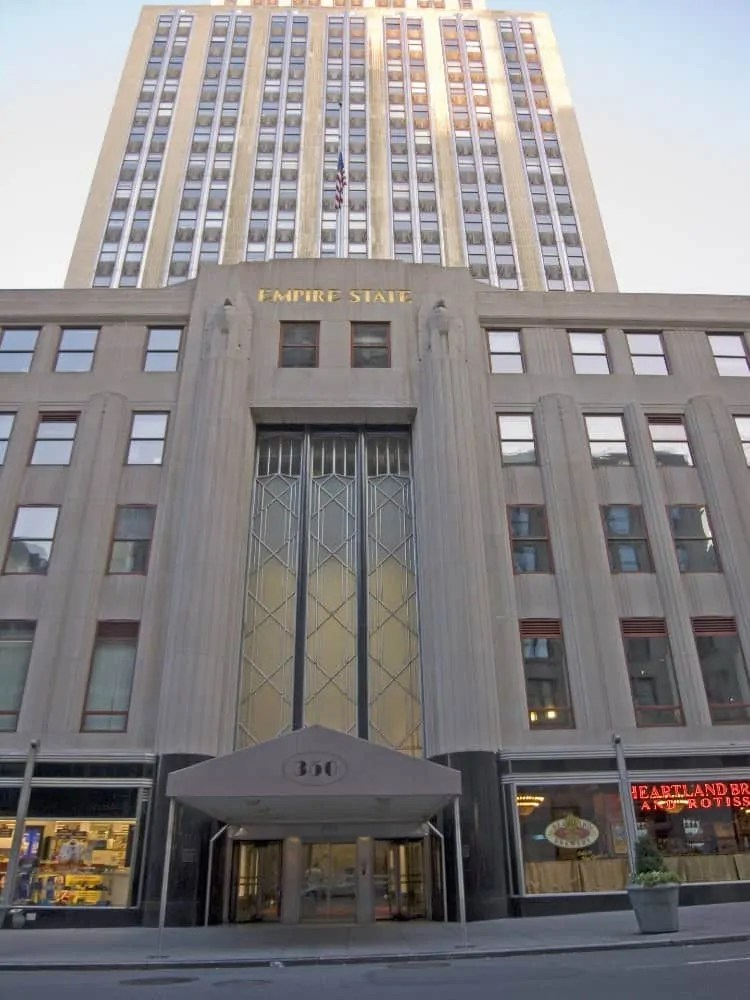 Empire State Building entrance at Fifth Avenue