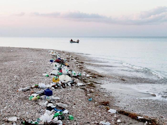 Plastic-waste-front-v2