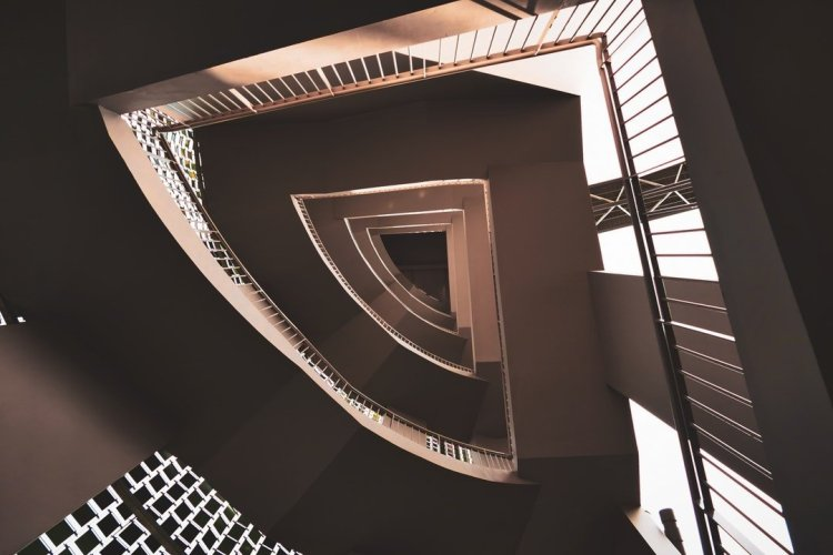 Staircase Wit