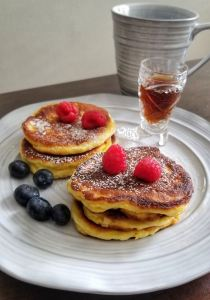 Delicious fluffy souffle pancake. Low carb. Only 4 ingredients.