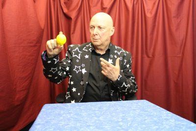 Virtual Magic Show - Yellow Ball