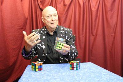 Virtual Magic Show - Rubicks Cubes