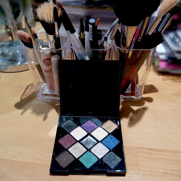 Easy Glam make up tutorial