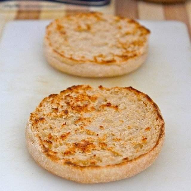 Microwave English Muffin (Paleo, GF, V)