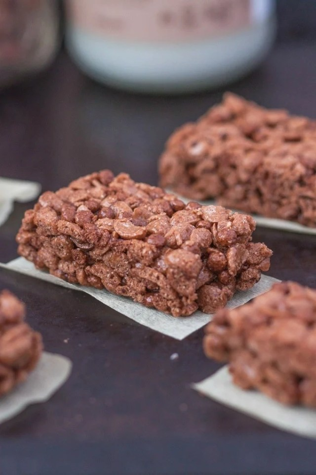 protein-rice-crispy-treats-2