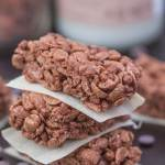 Chocolate Protein Rice Crispy Treats- These no bake bars take barely any time to whip up and are #glutenfree, #vegan and #dairyfree- thebigmansworld.com