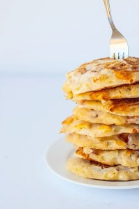 Secretly Healthy Four Cheese Pizza Pancakes- When #pizza married #pancakes, these were born- For less than 300 calories, you have a huge, filling stack of pancakes which are #glutenfree, #highprotein and perfect for any meal of the day! @thebigmansworld.com