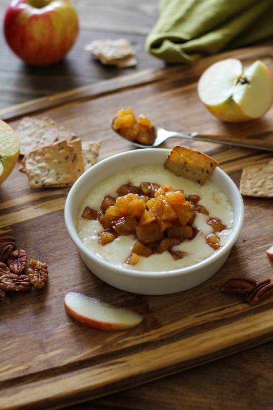 baked_brie_with_maple_spiced_apples