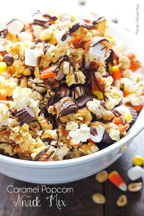 Caramel-popcorn-snack-mix