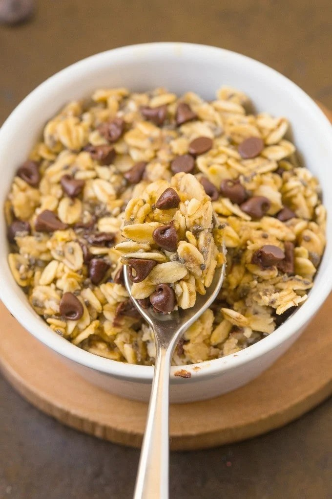 Healthy 1 Minute Baked Oatmeal- A secret prep to baked oatmeal in one minute- It keeps you satisfied for hours and is SO delicious! {vegan, gluten free, sugar free recipe}- thebigmansworld.com