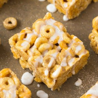Healthy 4 Ingredient No Bake Cinnamon Roll Protein Cereal Bars
