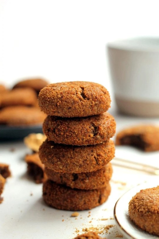 Healthy Vegan Gingersnaps