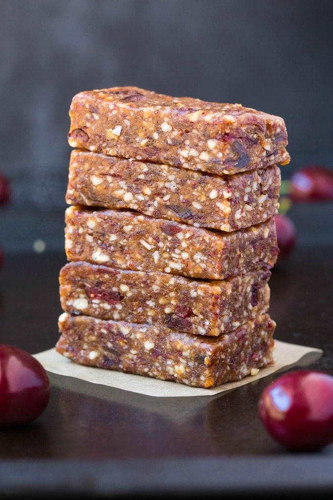 Homemade Cherry Pie Larabars (Whole30, Paleo, Vegan, Gluten Free) These homemade Larabars are cheaper than store-bought and take minutes to whip up! Made with just 3 Ingredients and whole30 approved! (vegan, whole 30, dairy free, refined sugar free)- #whole30 #vegan #whole30approved | Recipe on thebigmansworld.com