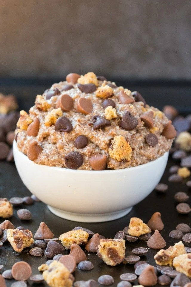 Low Carb Keto Chocolate Chip Cookie Dough Oatmeal topped with chocolate chips