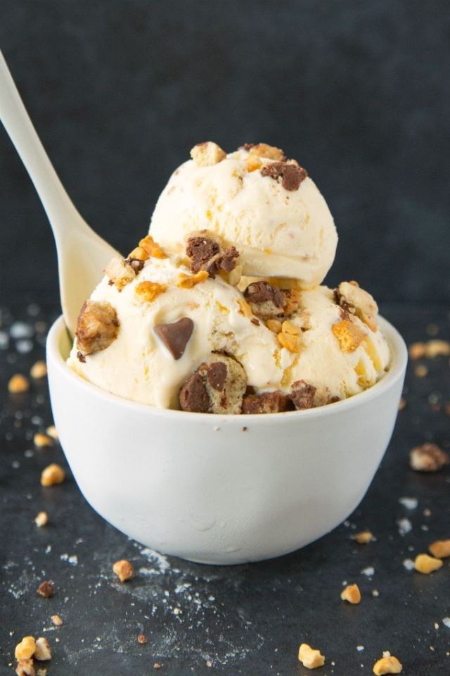 Easy no churn ice cream with cookie dough pieces and chunks