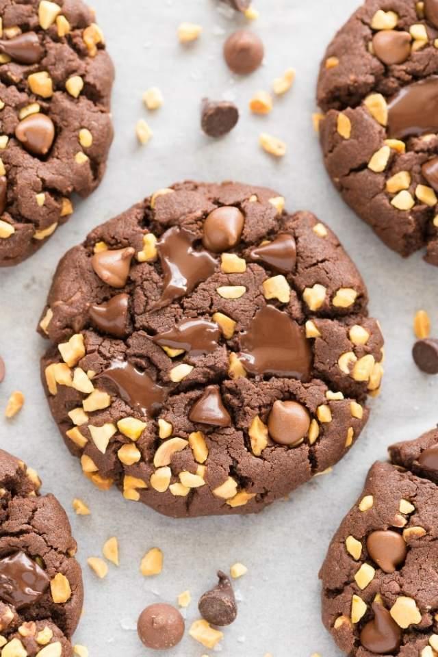 Healthy Ferrero rocher Cookies made with chocolate hazelnut butter!