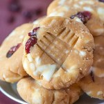 Healthy No Bake White Chocolate and Raspberry Cookies Recipe