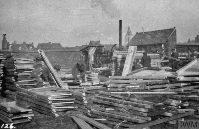 THE BRITISH EXPEDITIONARY FORCE ON THE WESTERN FRONT, 1914-1915 (Q 51574) Piles of dug-out frames in the Royal Engineers' Yard at Erquinghem, 7th February 1915. Copyright: © IWM. Original Source: http://www.iwm.org.uk/collections/item/object/205285246