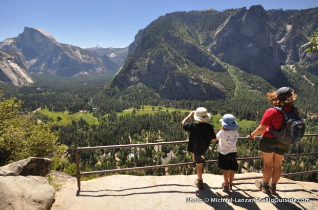 Overlook on the Upper Yosemite Falls Trail.