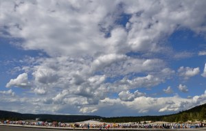 Crowd at Old Faithful.