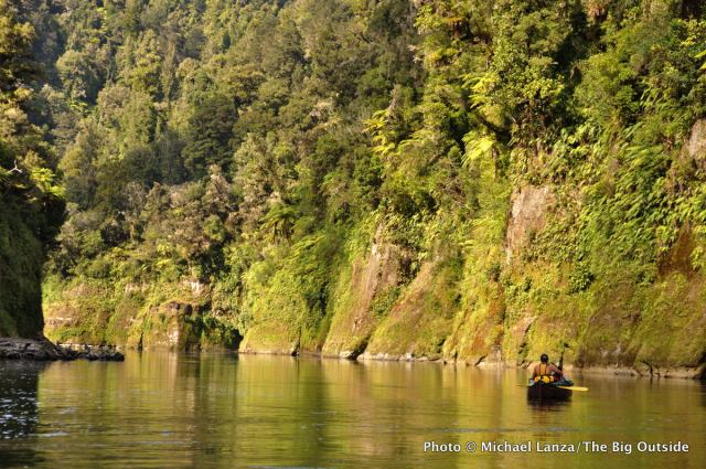 Canoeing the Whanganui River, North Island.