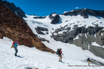 Descending from Spider Gap to Upper Lyman Lakes.