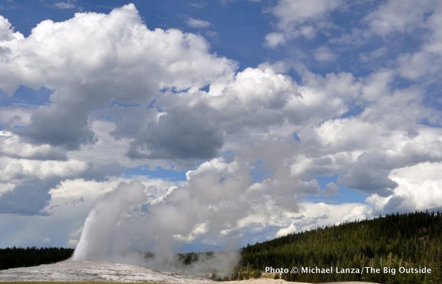 Old Faithful, Upper Geyser Basin, Yellowstone National Park.