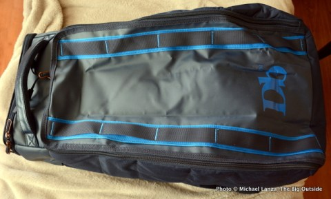 The Douchebags Hugger 30L closed.