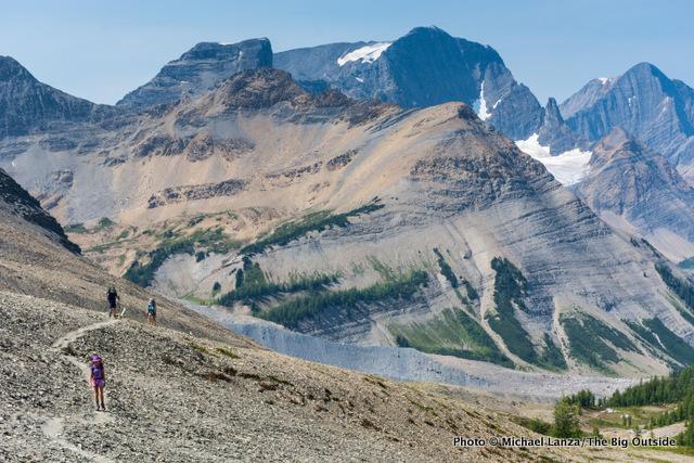 Hiking to Numa Pass, Rockwall Trail.