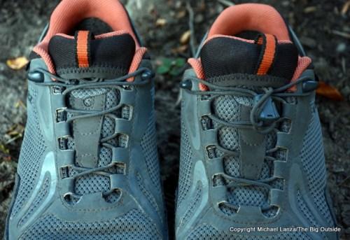 Oboz Crest Low BDry laces.