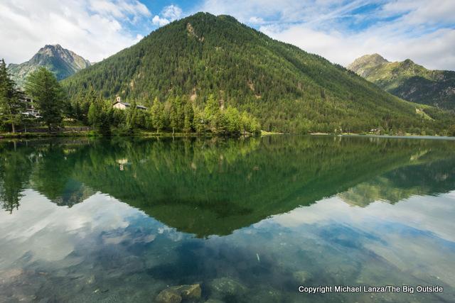 Lac de Champex, along the Tour du Mont Blanc, Champex-Lac, Switzerland.
