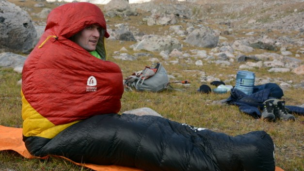 Gear Review: Sierra Designs Nitro 800 20-Degree Sleeping Bag