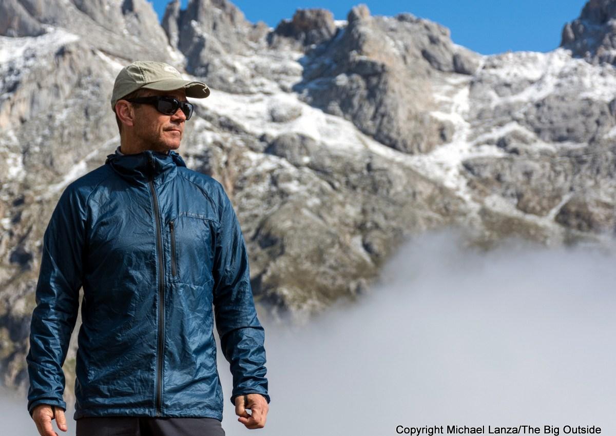 The Best Ultralight Hiking and Running Jacketsof 2020