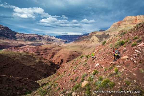 Backpackers on the Escalante Route in the Grand Canyon.