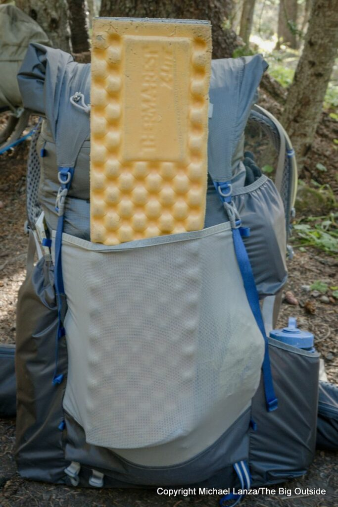 Gossamer Gear Mariposa 60 front pocket.