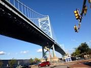 Crossing to Race Street Pier