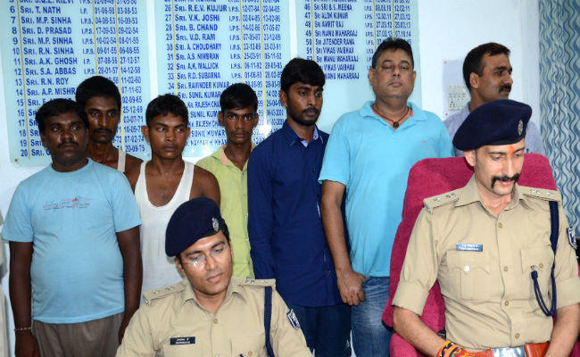 TET number Gang arrested, Laptop, Mobile, Passbook, Sim Card Recovered by Patna Police | The Bihar News