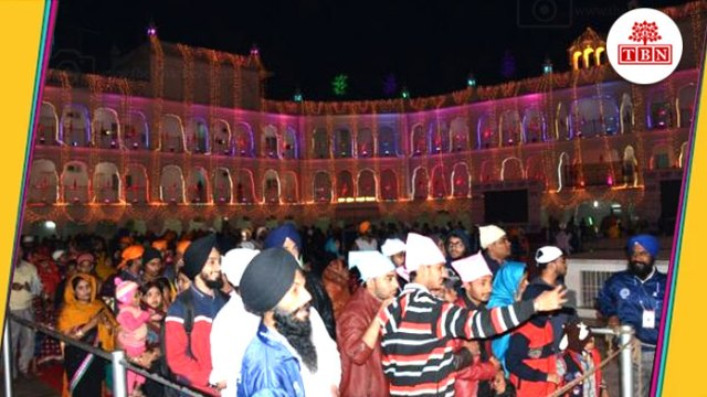 thebiharnews-in-akhand-path-in-takht-harimandir-sahib-crowd