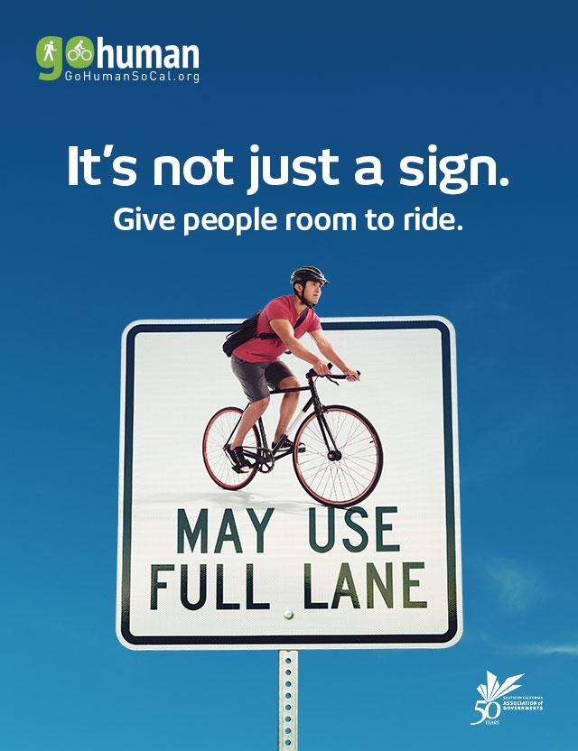 gohuman-social-media-640x832-bikes-full-lane_eng