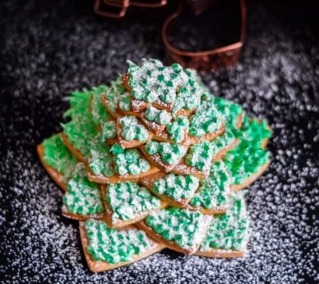 Gingerbread Tree and Royal Icing
