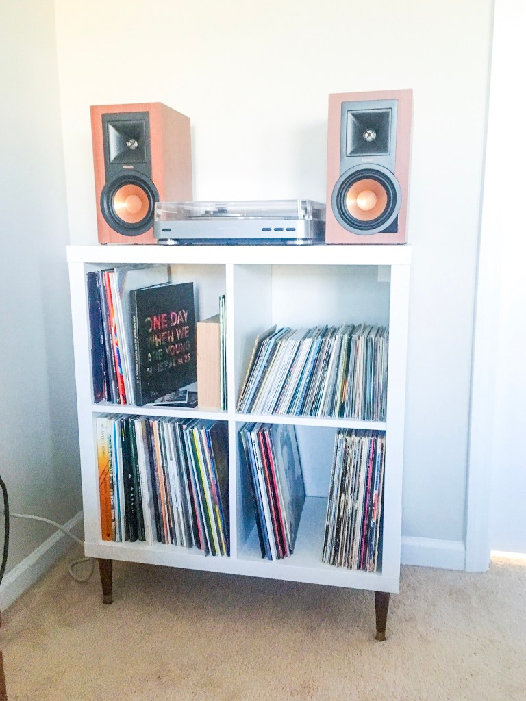 competitive price 496f2 763f7 IKEA KALLAX Hack: Record Player Stand/Storage – The B Keeps ...