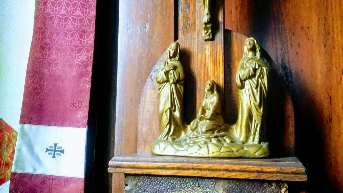 Old Portable Stations of the Cross With Sliding Scenes