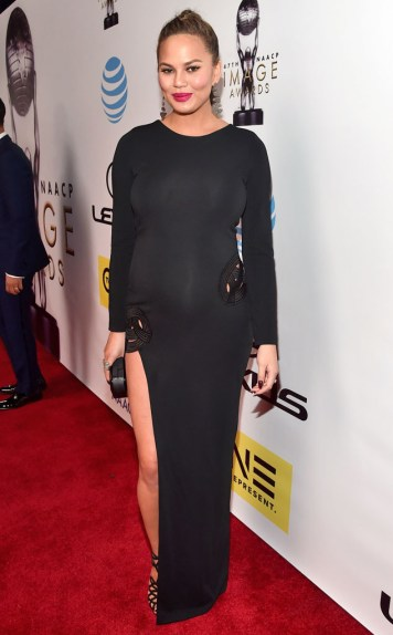 CHRISSY TEIGEN NAACP IMAGE AWARDS 2016 RED CARPET