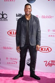 Michael Strahan Billboard Music Awards 2016