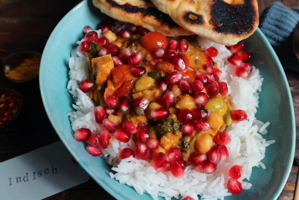 Linsencurry mit Granatapfel