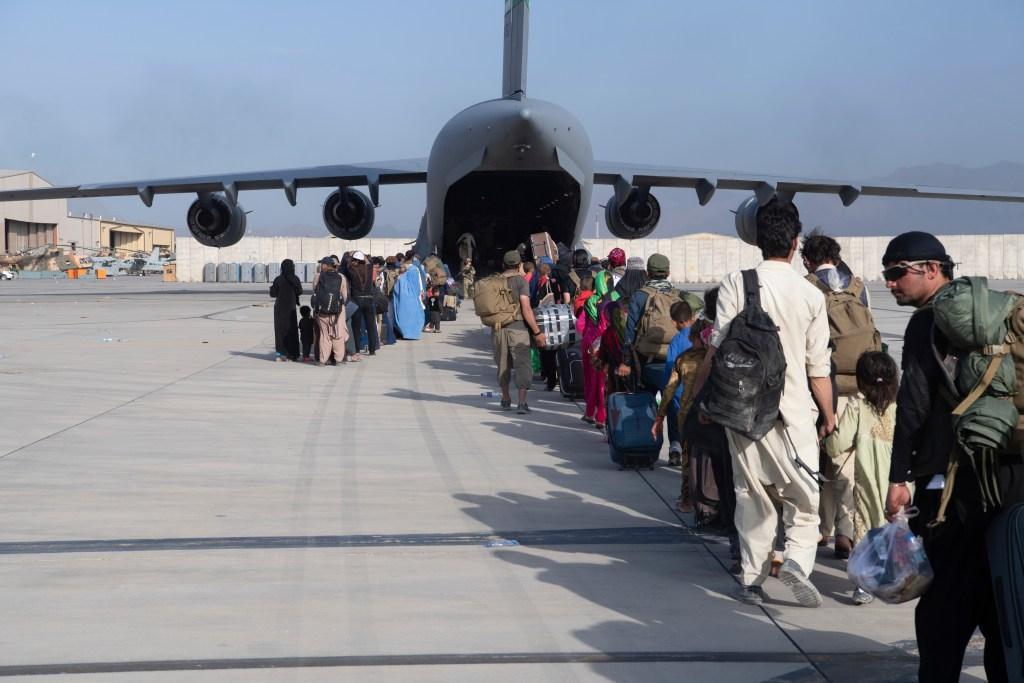afghanistan taliban kabul airport