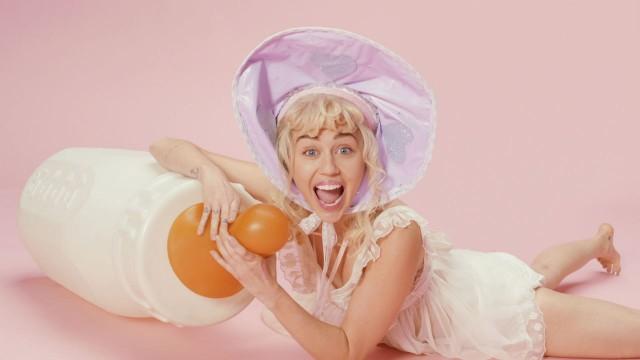 Chi voi che chiamate bambino: La conversazione di BB del ` di Miley dice che cosa avete avuto bisogno di sempre di dire