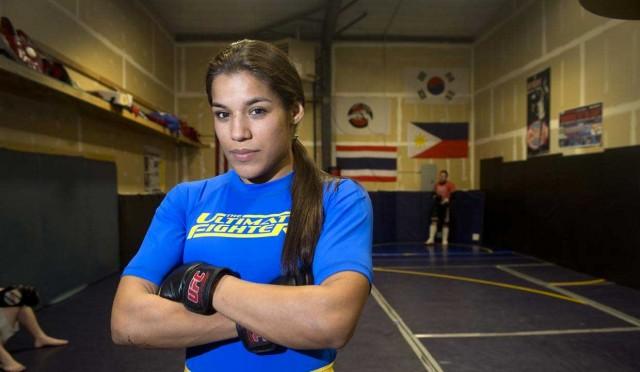 Combattente Julianna Peña di UFC arrestato, dato dei calci a due uomini in inguine