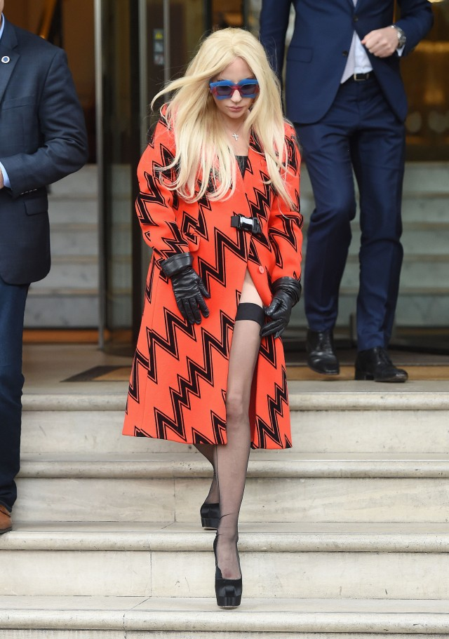 Lady Gaga Steps Out In London  202575  Photos  The Blemish
